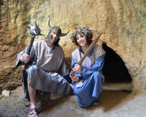 במערות המסתור פסטיבל המכבים (צילום: שחר כהן)