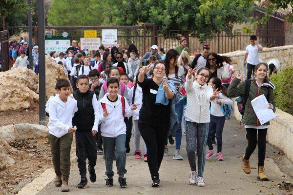 תלמידי בית הספר קשת - יום קידום אורח חיים בריא
