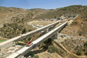 """גשרים ומנהרות בתוואי הרכבת המהירה ירושלים-ת""""א (צילום: באדיבות רכבת ישראל)"""