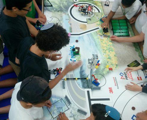 מתכוננים לקראת תחרות הרובוטיקה