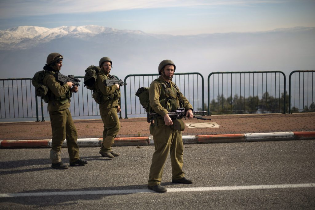 חיילי מילואים (צילום: אריאל שליט)