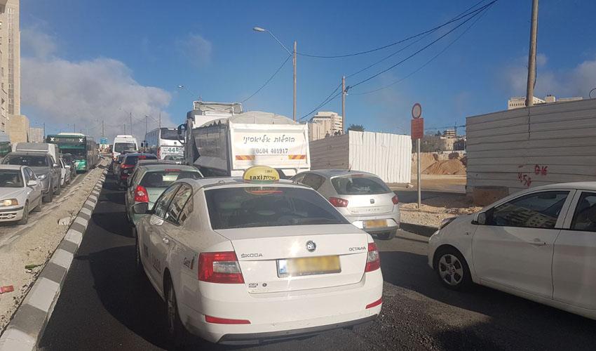 וידאו – בלגן בכניסה לירושלים; לבאים ממודיעין – סעו דרך 443