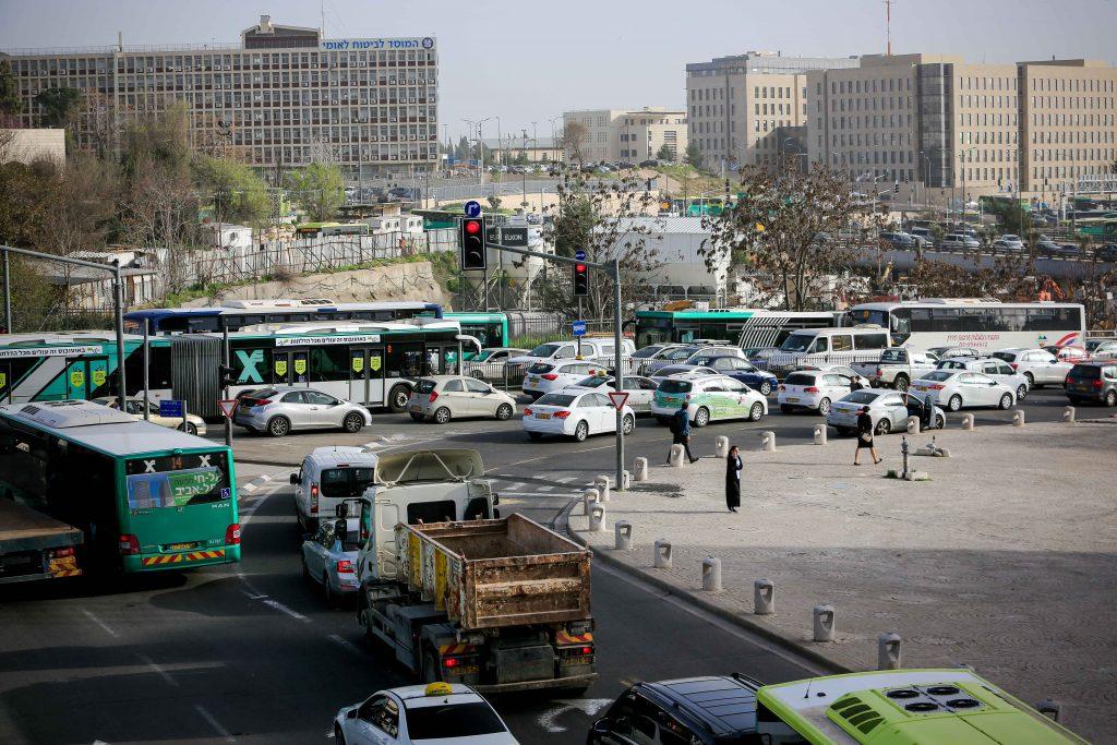 הכניסה לירושלים, השבוע (צילום: אורן בן-חקון)