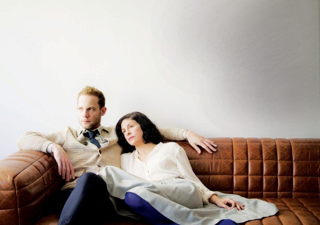 """מתוך """"תמונות מחיי נישואין"""", תיאטרון הקאמרי/גשר (צילום: מיכל חלבין)"""