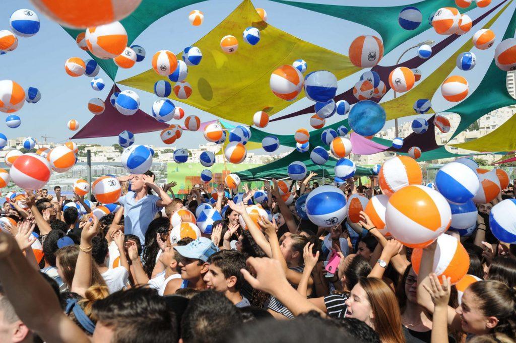 מסיבת קיץ במודיעין (צילום: חורחה נובומינסקי)