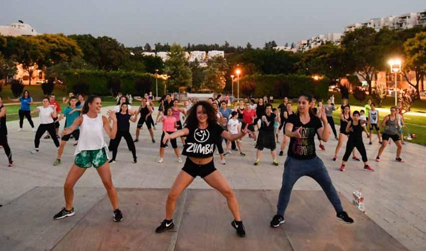 פעילויות בפארקים, טיולי רכיבה וטורנירים: תוכנית קיץ ספורטיבית בעיר