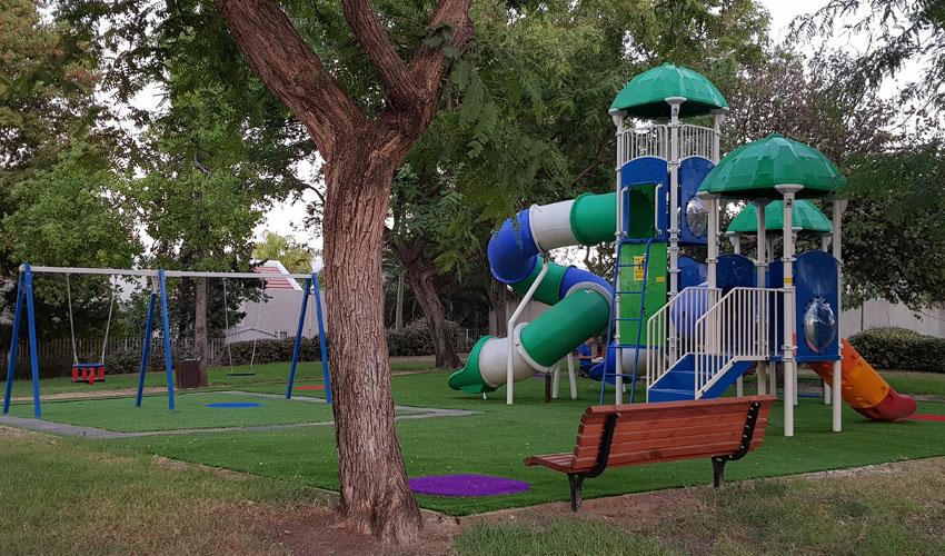 הפארק החדש ברחוב ערבי נחל ברעות (צילום: דוברות עיריית מודיעין מכבים רעות)