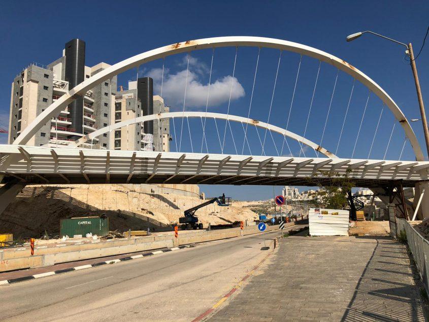 הגשר בין שכונת הציפורים לשכונת נופים (צילום: דוברות עיריית מודיעין מכבים רעות)