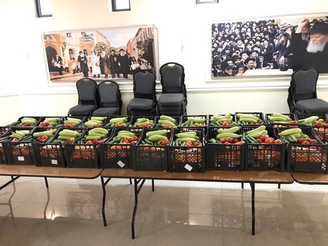 """סלי מזון למשפחות מתקשות מחב""""ד (צילום: דוברות עיריית מודיעין מכבים רעות)"""