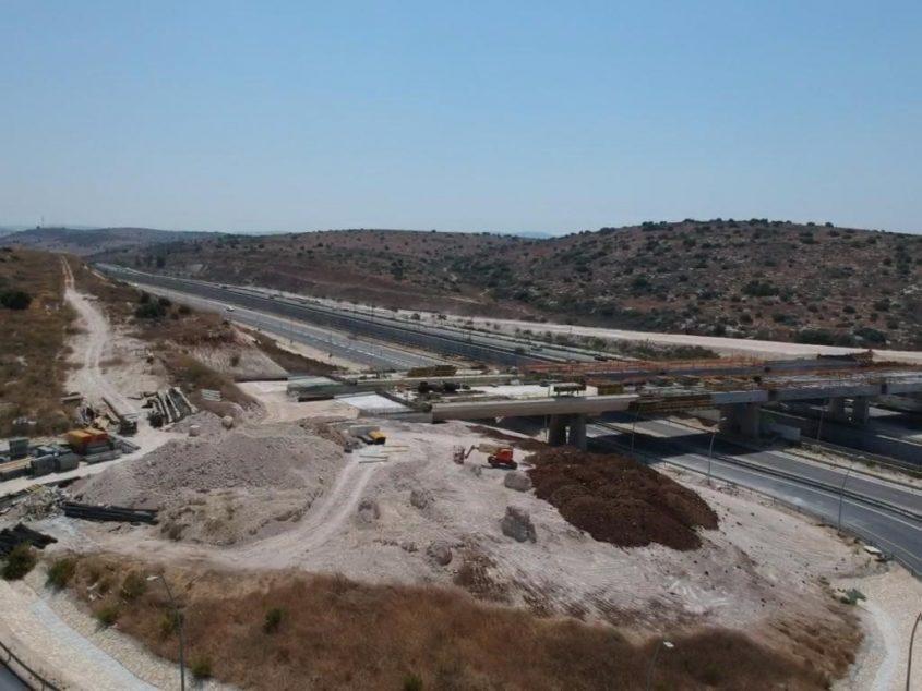 ציר הגישה מ-431 לשכונת נופים (צילום: דוברות עיריית מודיעין מכבים רעות)