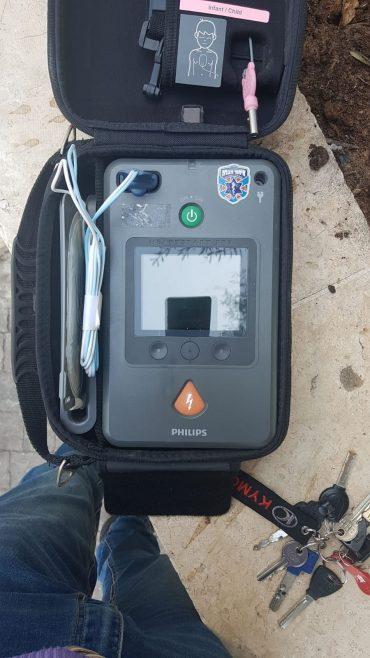 מכשיר דפיברילטור (צילום: איחוד הצלה)