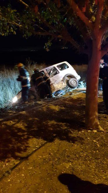 רכב התהפך בשדרות החשמונאים (צילום: תיעוד מבצעי איחוד הצלה)