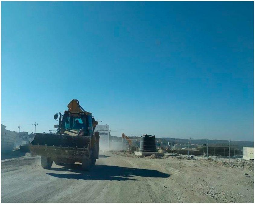 אבק באתר הבניה (צילום: מתוך דוח המשרד להגנת הסביבה מרים אייל מונדרי)
