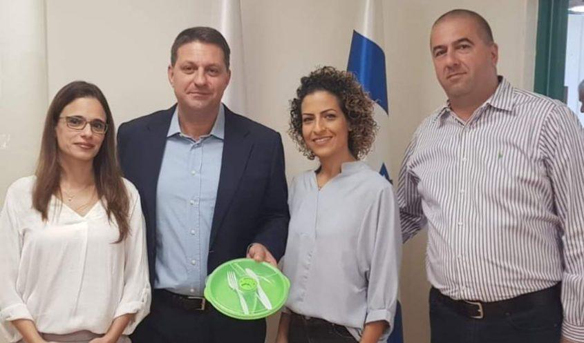 (מימין) אייל כהן, עדי מן, ראש העיר חיים ביבס וענבל זרקון (צילום: דוברות עיריית מודיעין מכבים רעות)