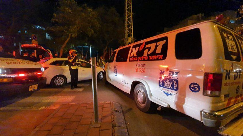 זירת התאונה במודיעין עילית (צילום: ישראל שפריי)