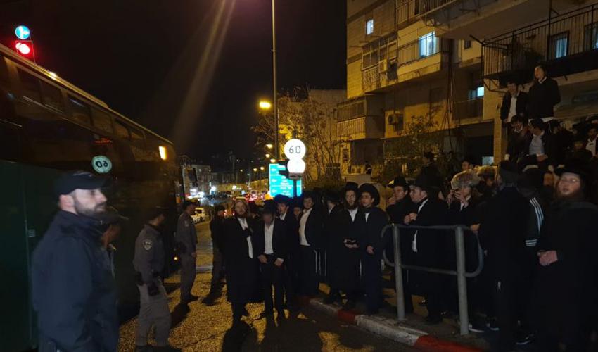 התפרעויות החרדים הקיצוניים בירושלים (צילום: דוברות המשטרה)