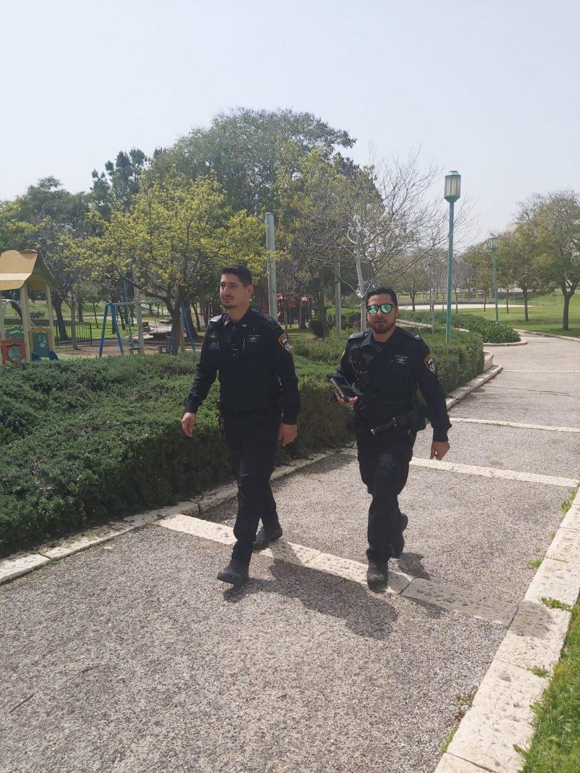 שוטרי תחנת מודיעין (צילום: דוברות משטרת ישראל)