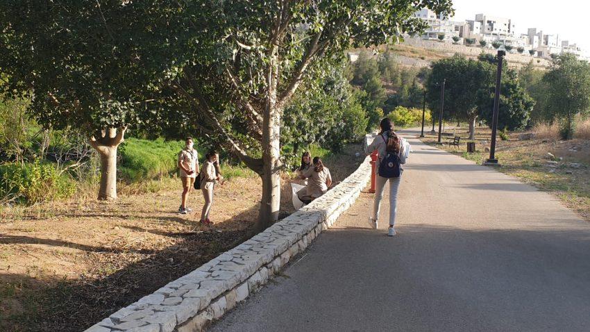 ניקיון שבט היובל בפארק ענבה (צילום: דוברות עיריית מודיעין מכבים רעות)