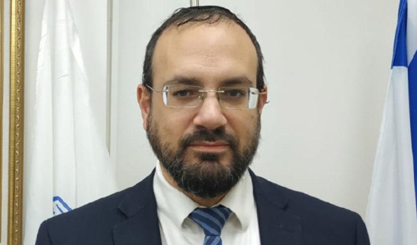 יצחק רביץ, ראש מועצת קרית יערים (צילום: דודי אביטן)