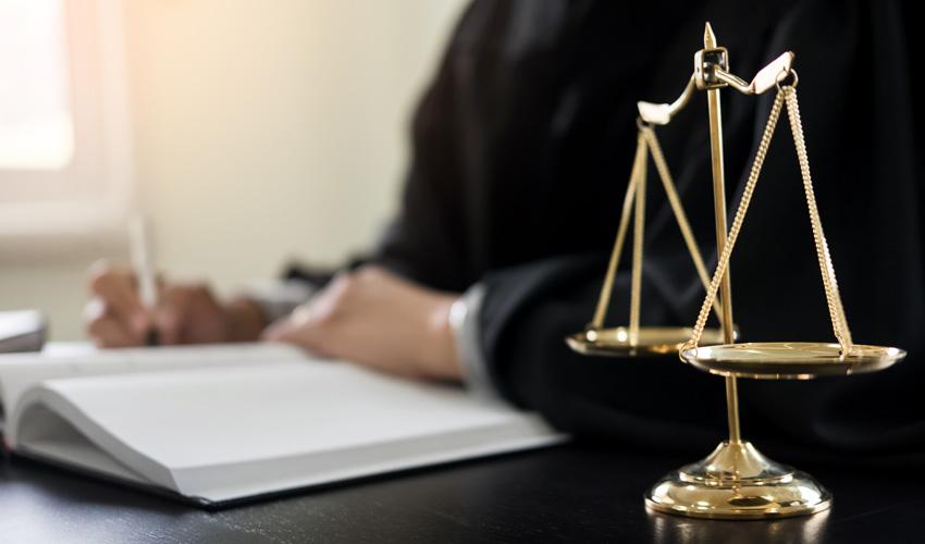 עורכי דין לייפוי כוח מתמשך במודיעין (צילום: א.ס.א.פ קריאייטיב INGIMAGE)